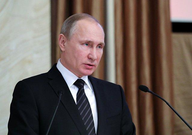 普京:丘尔金功不可没 他是真正的爱国者和公民