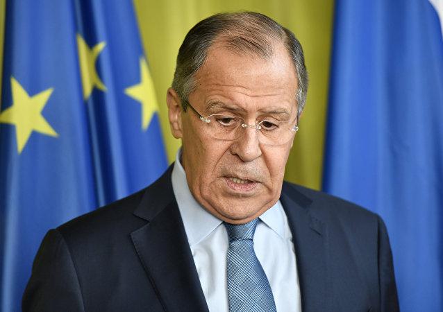 俄外长:对顿巴斯进行交通封锁有悖良知和常理
