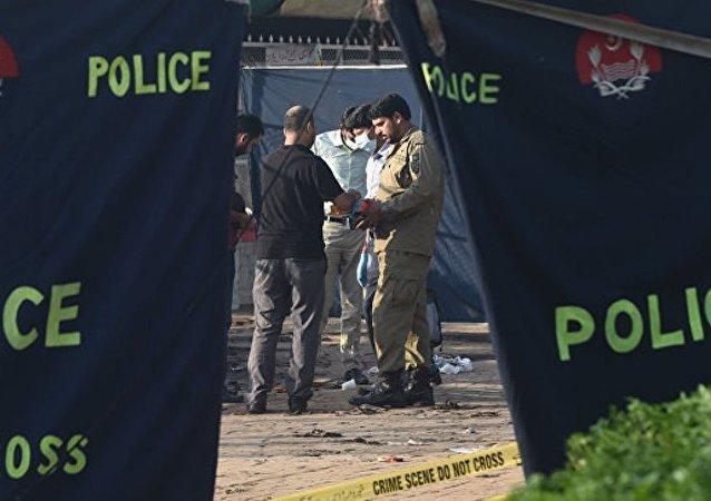 在巴基斯坦15人在遭受一系列袭击后受伤