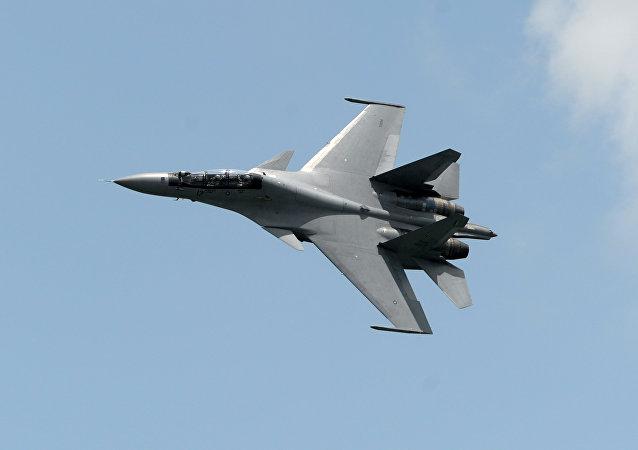 """俄军在黑海上空""""问候""""美国侦察机的苏-30按照规定行动"""