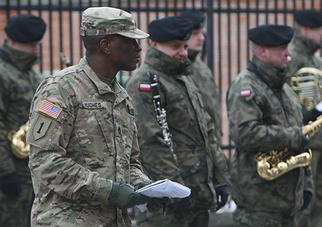 媒体:美国今春将向波兰派遣近千名士兵