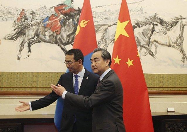 蒙古国外长:蒙方感谢中国帮助蒙古克服经济困难
