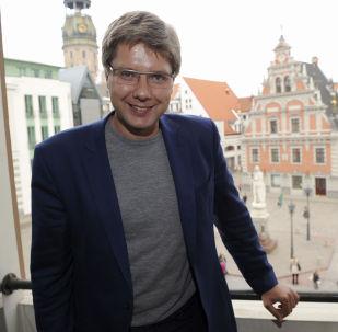 里加市长尼尔乌沙科夫
