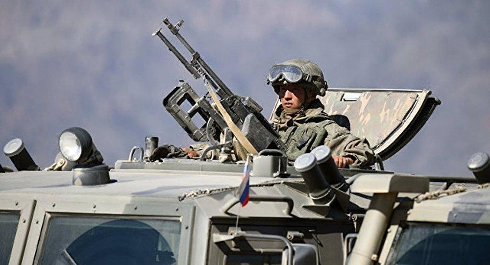 俄东部军区举行大规模反恐分队演练