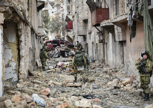 俄工兵在阿勒颇完成扫雷任务后回国