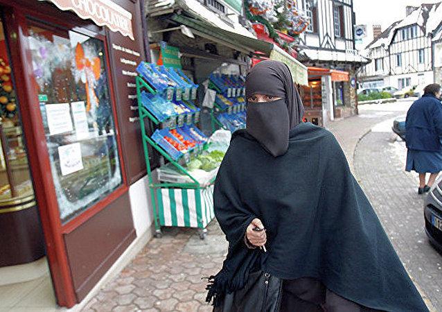 女伊斯兰教徒 (法国)