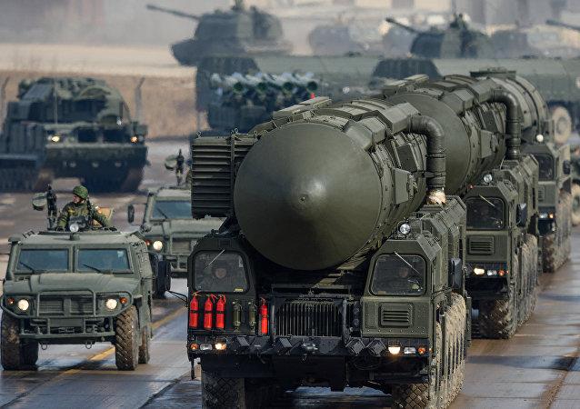 俄防长:俄战略火箭军99%的发射装置处于战备状态