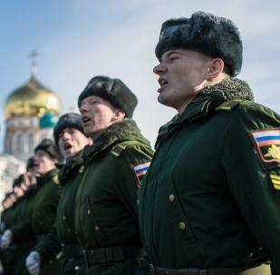 俄武装力量人数将增至190万人