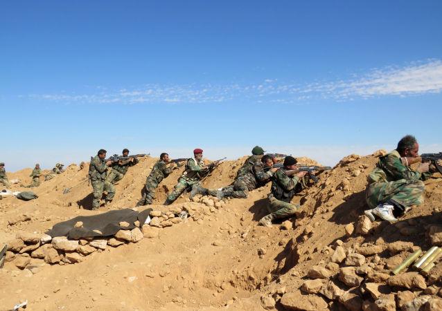 消息人士:叙政府军收复巴尔米拉郊外的民用机场