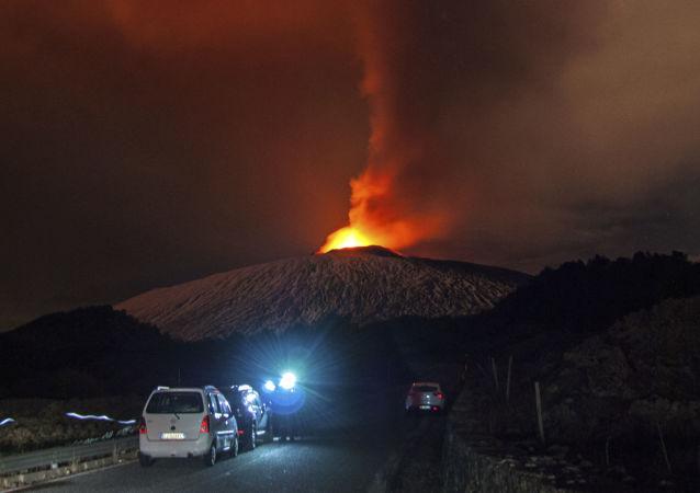 埃特纳火山喷发