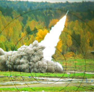伊拉克总统向卫星通讯社表示,巴格达至今仍与俄罗斯在采购地面和空中武器领域合作