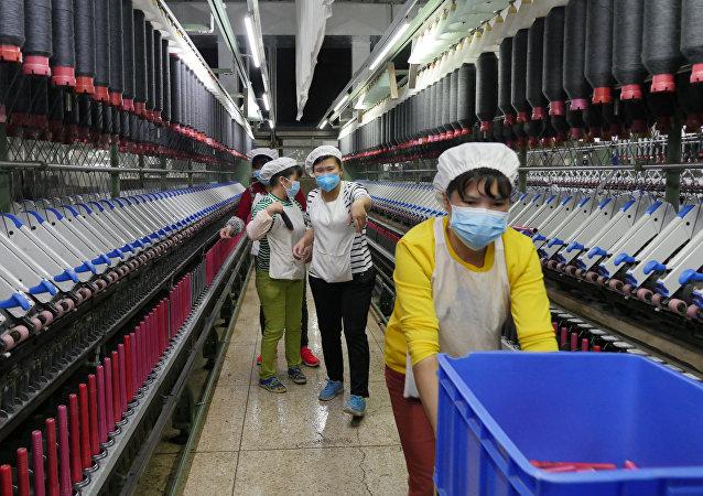 中国对俄罗斯纺织服装出口累计增长近6倍
