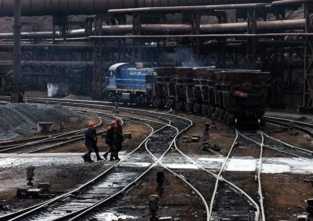 民兵:已经对顿涅茨克内的近40个的乌克兰企业实施外部管理