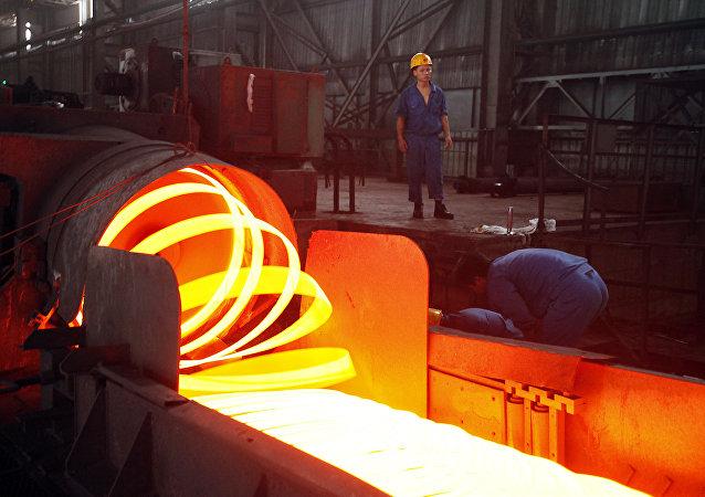 中国商务部:中方高度关注欧盟在钢铁领域表现出的贸易保护主义倾向