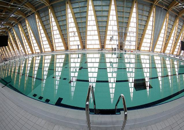 研究:有些泳池的含尿量比下水道还多
