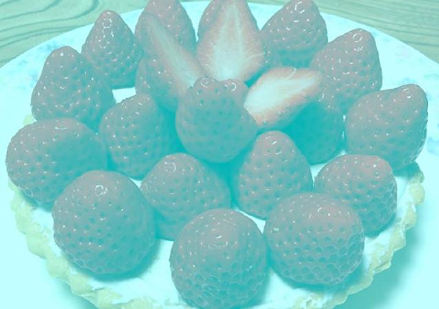 草莓是什么颜色的?