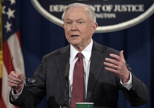 媒体:美国司法部获许为调查白宫泄密事件监视记者