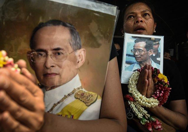 泰国已故国王遗体告别及火化仪式定于2017年12月进行