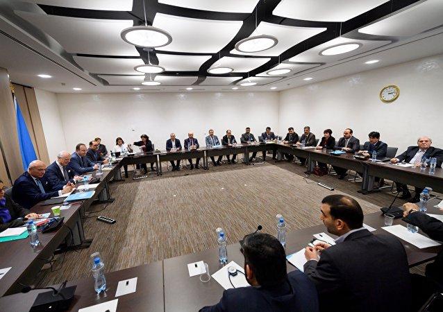 叙反对派:本轮日内瓦和谈结束后有意尝试与开罗和莫斯科小组组建联合代表团