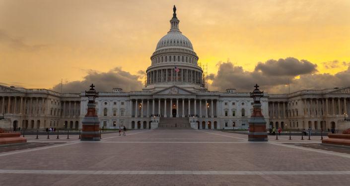 美参议员敦促政府加强对华施压 使中国取消投资限制