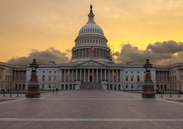 美国国会中的民主党人或从对俄调查中退出