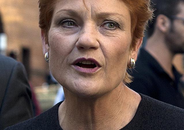 澳大利亚单一民族党领袖宝琳·汉森