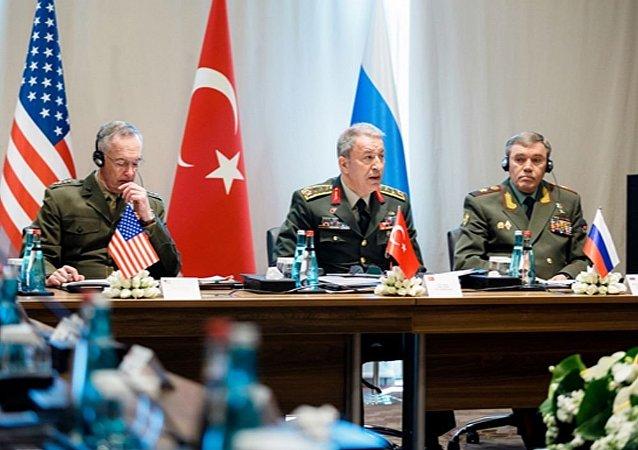 俄国防部:俄土美三国军队高级将领讨论叙利亚和伊拉克的地区安全