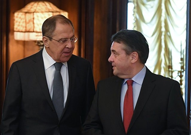 俄罗斯外长拉夫罗夫与德国外长加布里尔