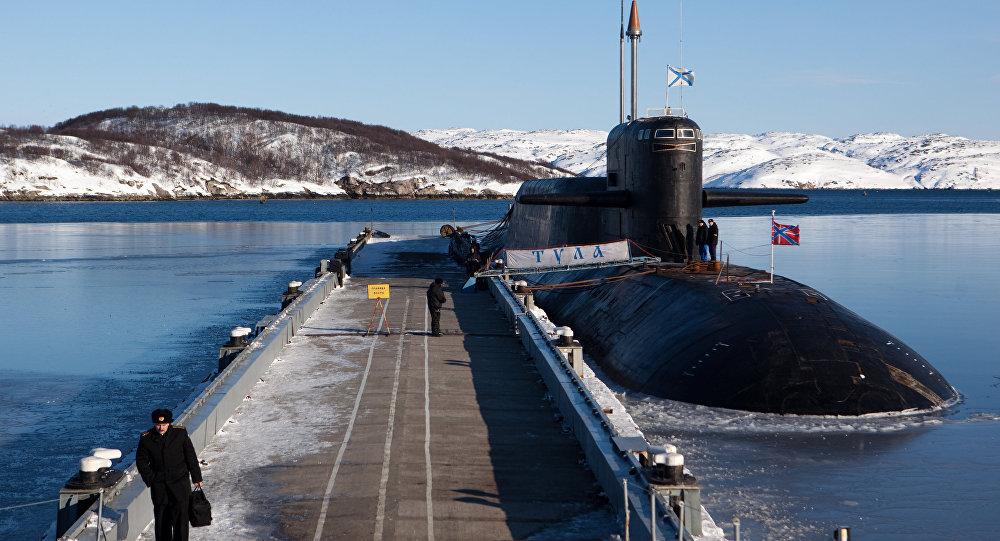 """""""图拉""""号核潜艇"""