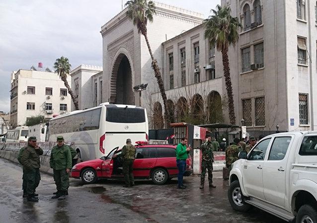 武装分子已开始从叙大马士革巴尔泽区撤离