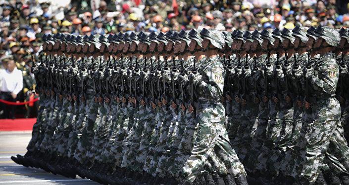 軍事專家:中國軍費增長水平仍是保衛國家和平發展的最低需要