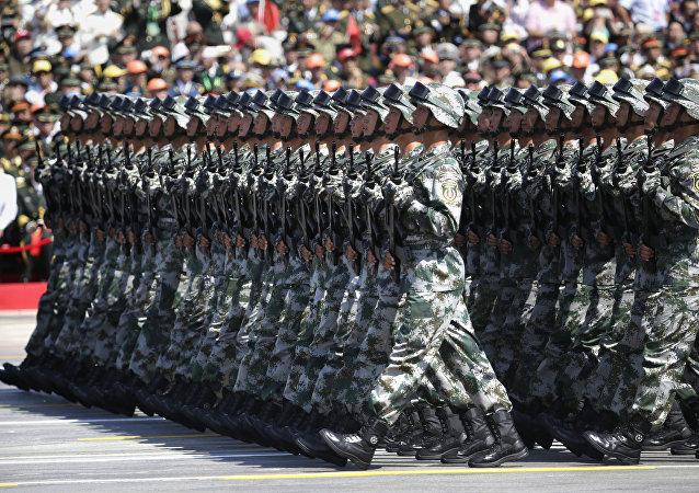军事专家:中国军费增长水平仍是保卫国家和平发展的最低需要