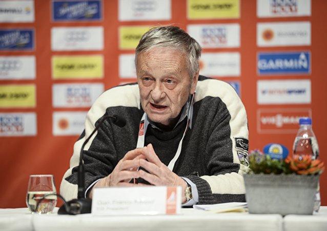 国际滑雪联合会(FIS) 主席卡斯帕