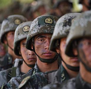 媒体:中国军力入围世界前三