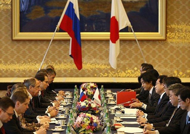 日本副外相希望扩大莫斯科与东京间的接触