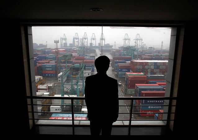中国商务部:中美双方应克制使用贸易保护措施