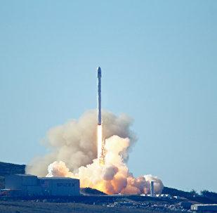 Space-X's Falcon 9 rocket launch