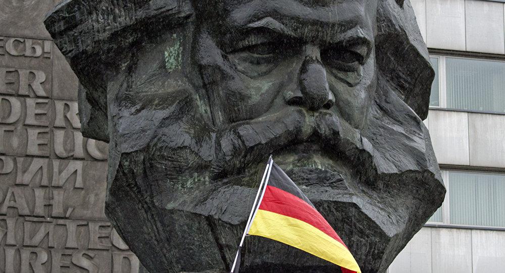 中国将向德国赠送马克思雕像