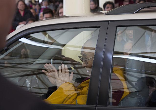 中国就邀达赖喇嘛参加国际大会警告印度