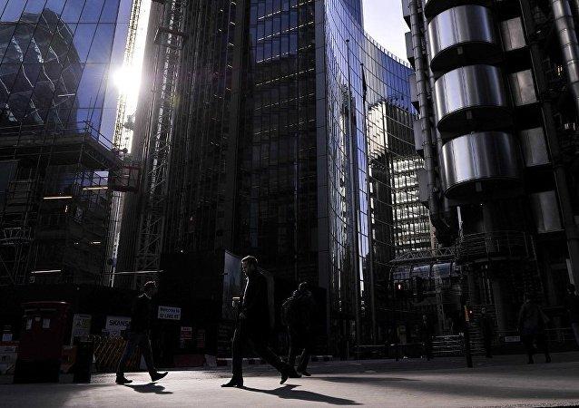 媒体:摩根大通、汇丰银行等五大银行近18年来帮助洗钱超2万亿美元