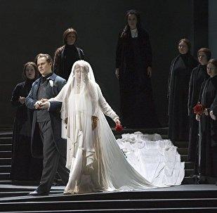 俄馬林斯基劇院的《拉美莫爾的露琪亞》
