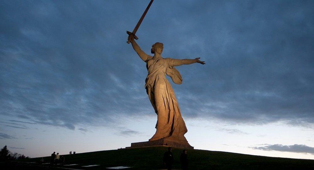 俄伏尔加格勒将举行飞行表演纪念斯大林格勒战役胜利