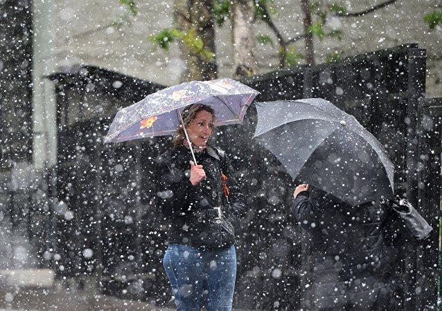 俄气象专家:俄今夏异常寒冷非中国卫星之过