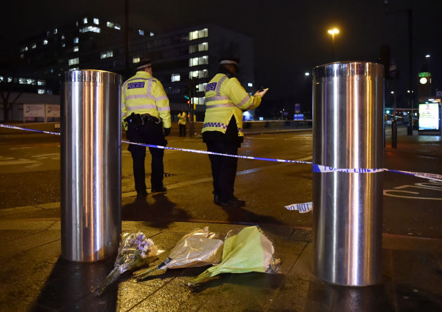 英警方:伦敦恐袭死亡人数达4人 一受伤男子死亡