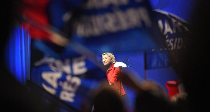 勒庞若胜选将于2018年上半年举行法国脱欧公投