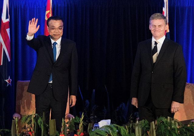 李克强把中新经贸合作提升到了一个新的水平