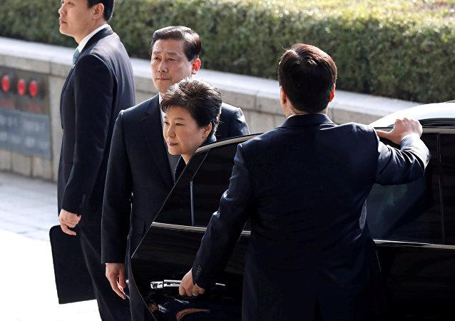 韩检方再次提审前总统朴槿惠