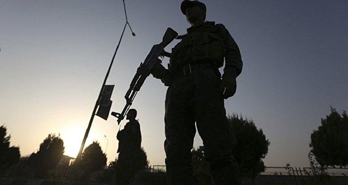 """美国阿富汗新战略意在使中印""""鹬蚌相争"""""""