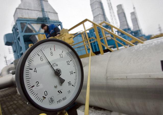 韩国总统:首尔准备推动经过朝鲜的俄韩天然气管道建设项目