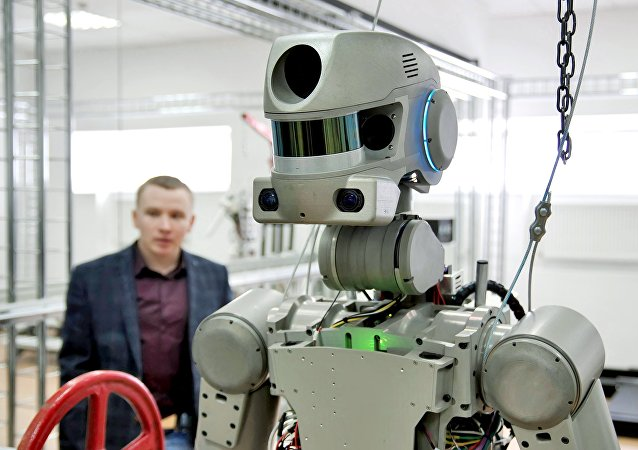 """机器人Fedor将成为新太空飞船""""联邦号""""的第一名""""航天员"""""""